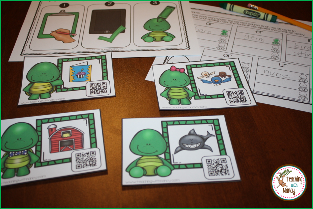 Write and Scan QR Codes Turtle Vowel Teams